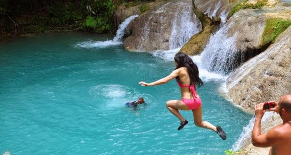 blue hole jump